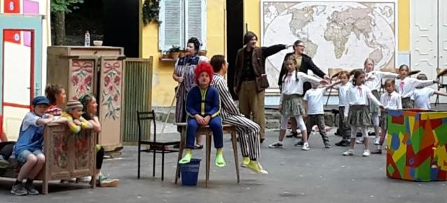 Besuch der Brögerschule im Naturtheater