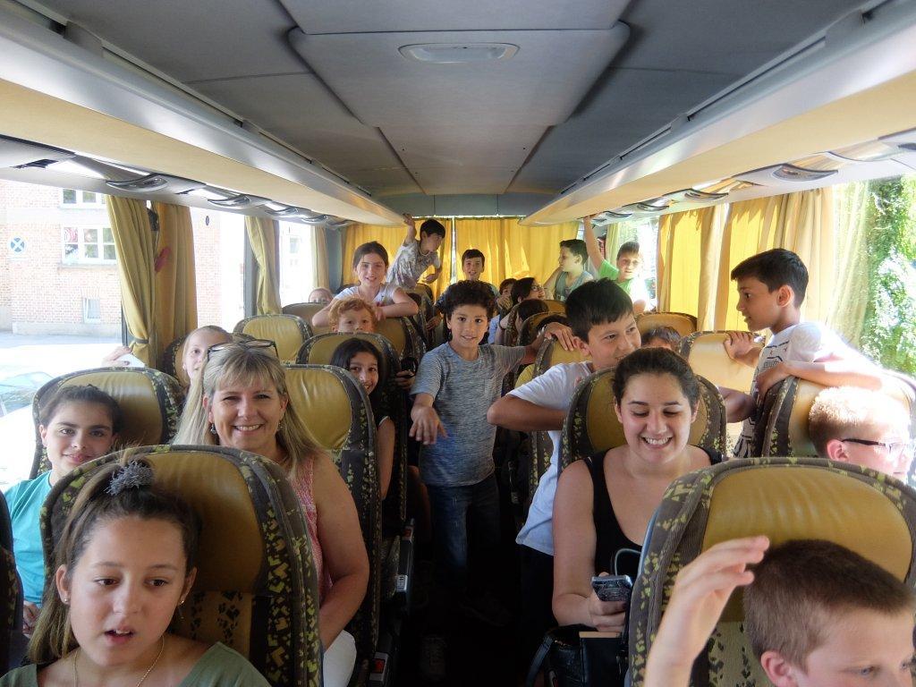 """Uhlandschule Lichtenstein besucht Kinderkonzert """"Die Moldau"""""""