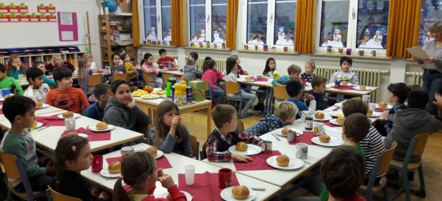 Nikolausfrühstück der Klassen 1b und 2b